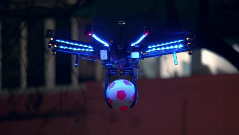 DroneFootball(ドローンフットボール)