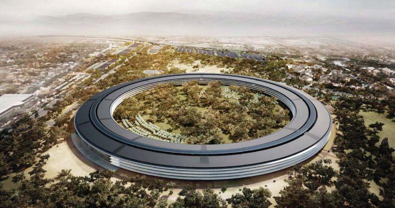 アップル新社屋を空撮