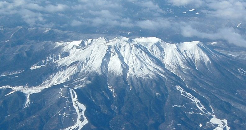 御嶽山噴火 空撮映像